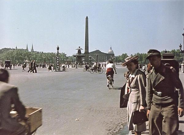 Paris-1942