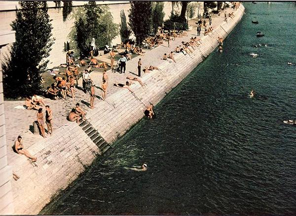 Paris 1943
